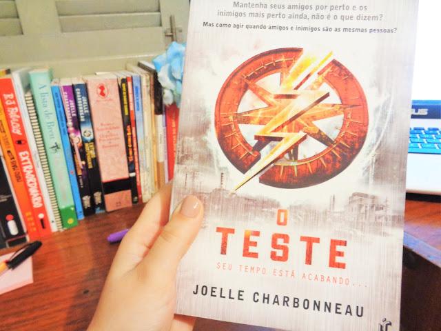 <center> Livro: O teste - Joelle Charbonneau </center>