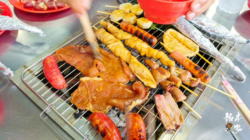小琉球平價烤肉吃到飽|蘇媽媽碳烤BBQ吃到飽~空間寬敞還有卡拉OK伴唱機