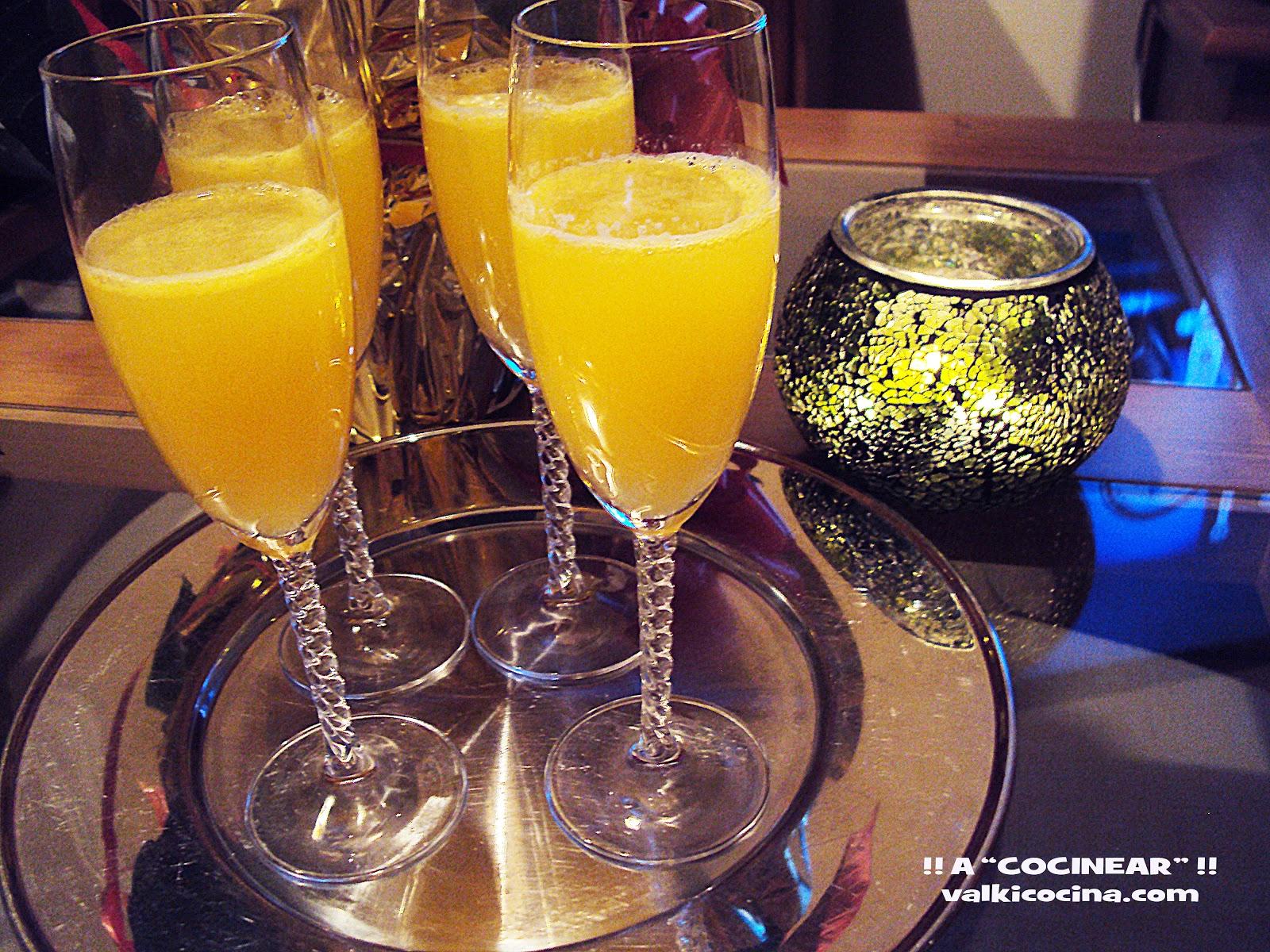 cocktail mimosa de champan o cava con zumo de naranja