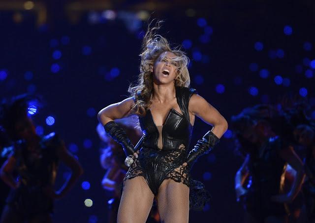 O dia em que Beyoncé virou negra - por NÊGGO TOM