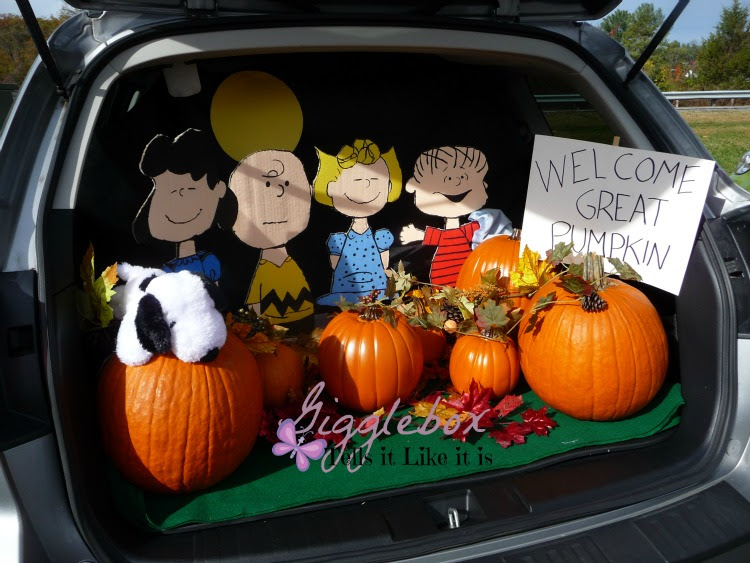 Trunk Or Treat 2015 Peanuts Style Gigglebox Tells It