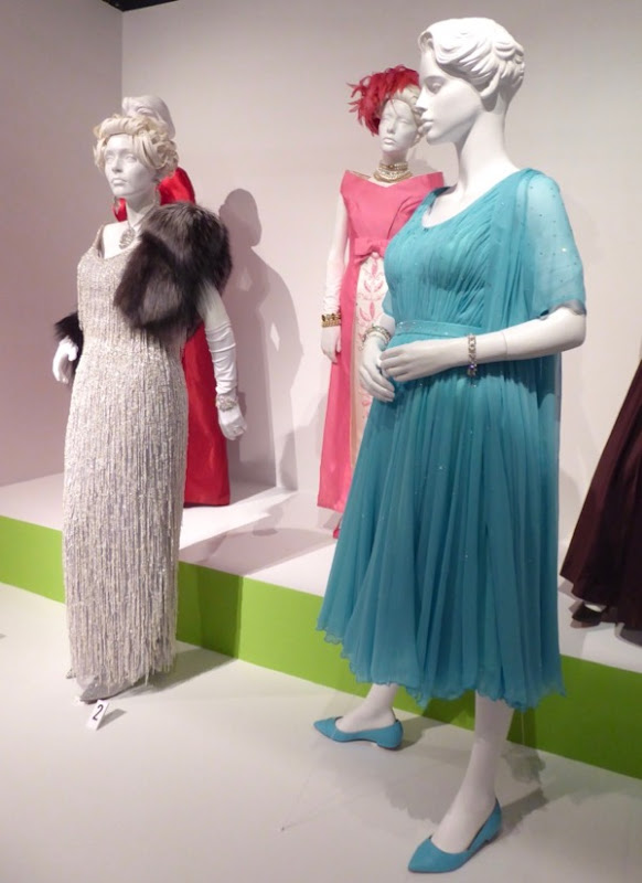Feud Bette and Joan TV costumes