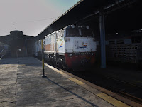 Catatan Perjalanan Kereta Api Lodaya Pagi Solo-Bandung