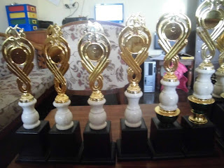 Trophy kejuaraan musik