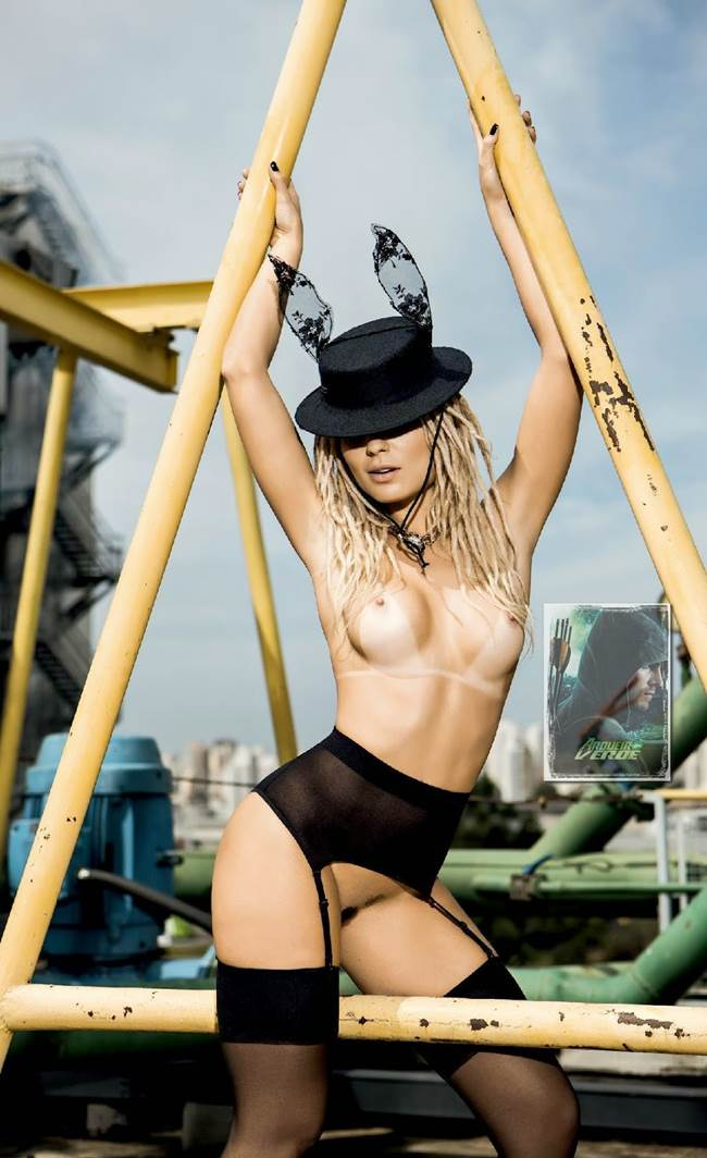 "Fernanda Lacerda ""Mendigata"" pelada nua na Playboy 15"