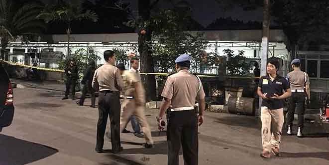 2 Polisi Ditusuk di Masjid, Kenapa Pelakunya Harus Ditembak Mati?