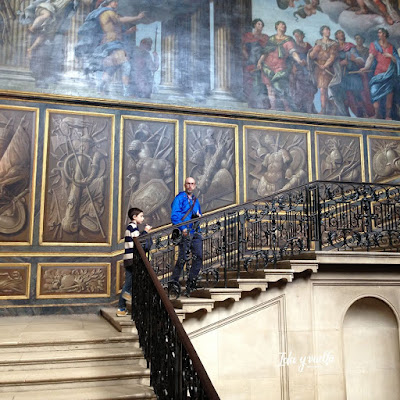 Escaleras palacio barroco