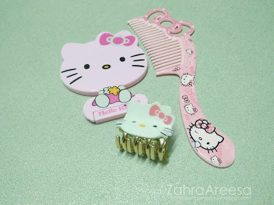 Sikat hello kitty, cermin hello kitty, hair clip hello kitty, peminat hello kitty