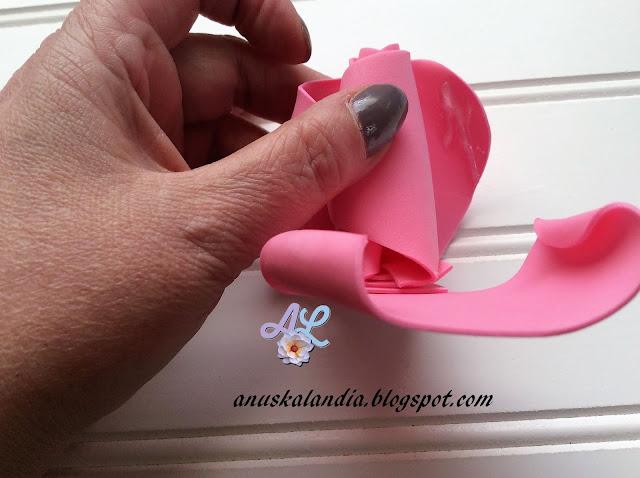 Rosa-gigante-en-goma-eva-o-foamy-16-2-poner-silicona-Anuskalandia