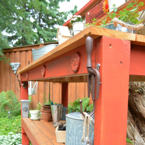 Simple Potting Bench You Can Build In An Afternoon