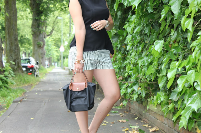 Livinglove: Outfit of the day: black & white by Petra