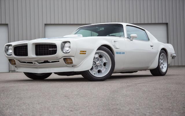 Pontiac Firebird 1970s American classic muscle car