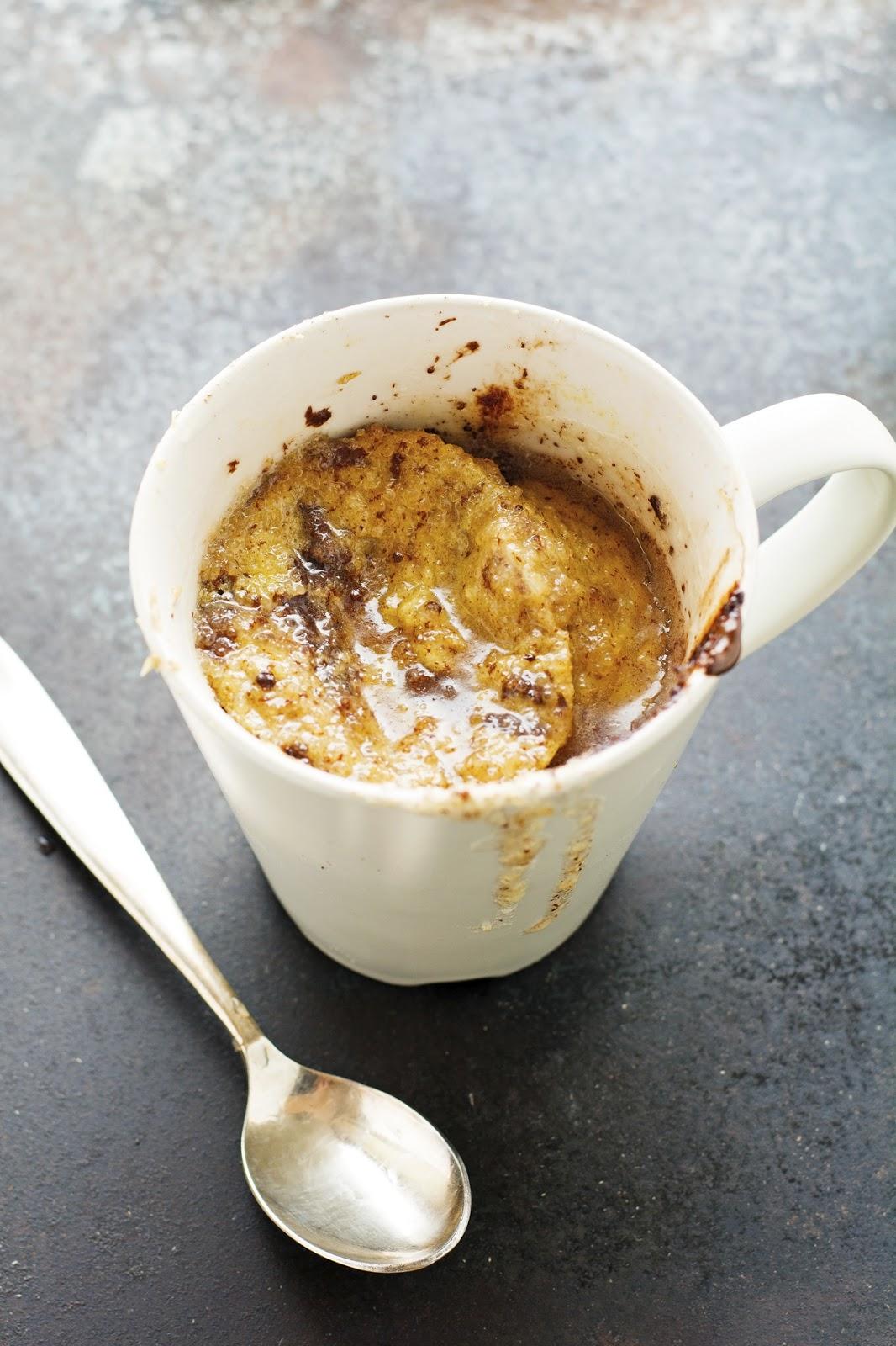 (Paleo) Banana Bread in a Mug with Lemon Glaze