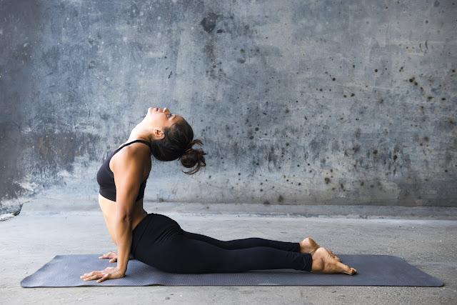 Lưng trên nhóm cơ quan trọng trong Yoga và cách để tăng sức mạnh