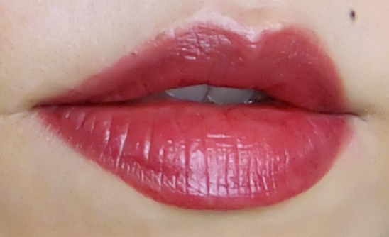 Chanel Rouge Coco Rivoli swatch