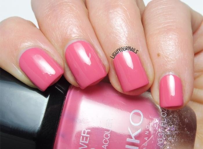 Smalto rosa Kiko Power Pro 108 Strawberry Milkshake pink creme nail polish #kikonails #kikocosmetics #kikotrendsetter #lightyournails