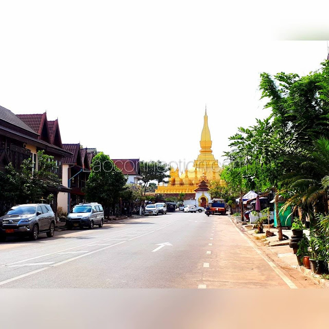 Street leading up to Tat Luang in Vientiane