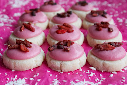 Raw Vegan Valentines Day: Frosted Sugar Cookies And Chocolate Truffles