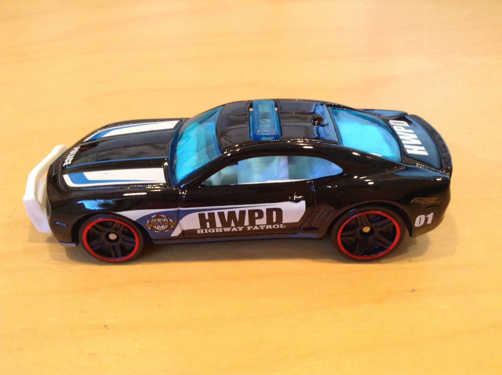 Julians hot wheels blog 2010 camaro ss 2016 hw rescue black is an appropriate color for a highway patrol vehicle this camaro with a light bar looks excellent aloadofball Image collections