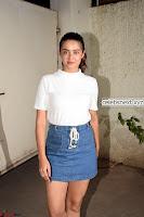 Surveen Chawla and her denim wears stunning Combination    Exclusive Galleries 007.jpg