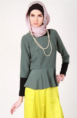Desain busana muslim kerja modis terbaik