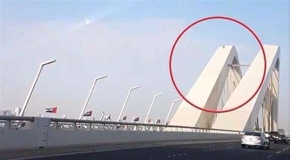 فشل محاولة انتحار من فوق جسر الشيخ زايد بأبوظبي