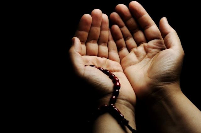 4 Waktu Terkabulnya Doa di Bulan Ramadhan