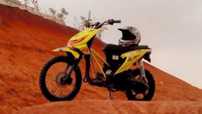 Modifikasi Honda Motor Beat FI Warna Kuning Motor Trail