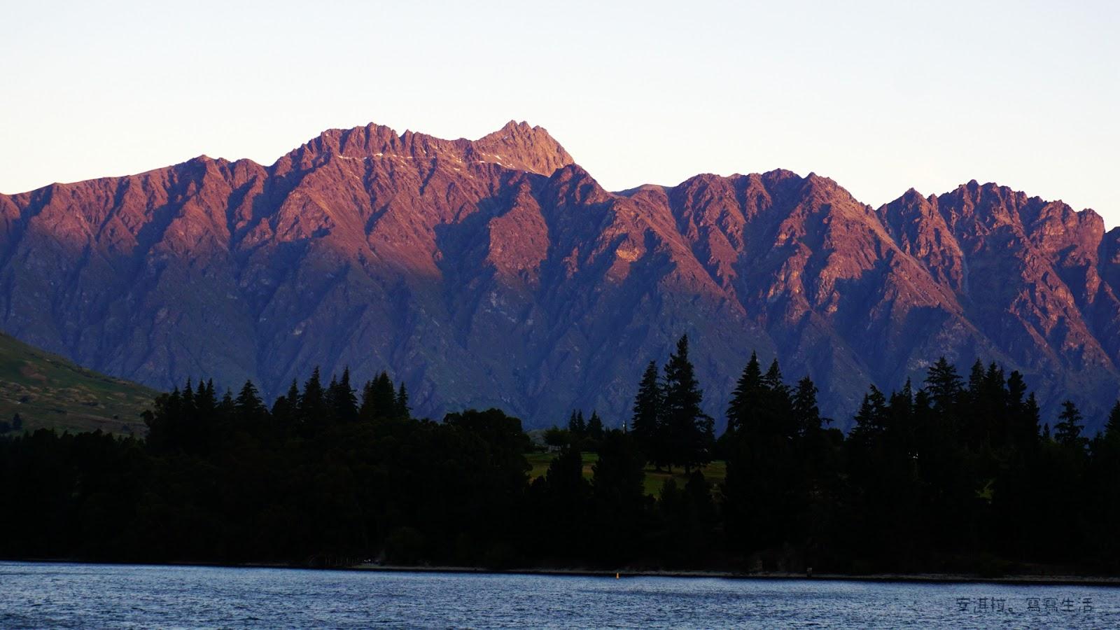 [紐西蘭] Day 3 在皇后鎮跨年 - 2018最後日落和2019跨年晚會 ~ 安淇拉。寫寫生活
