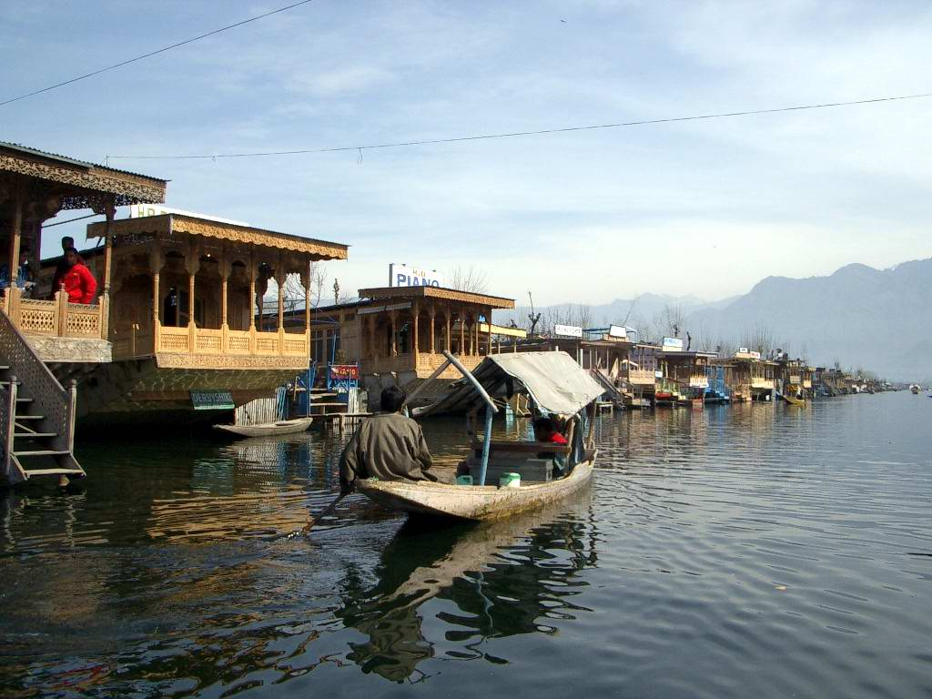 Srinagar Taxi Rates for Private & Shared Taxis