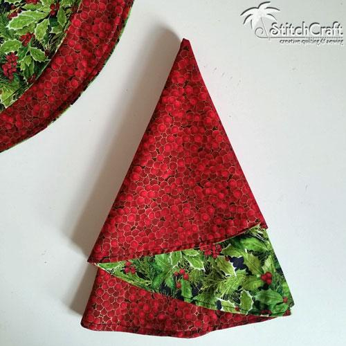 Christmas Tree Napkin Pattern: StitchCraft Of Boca: Christmas Tree Napkin Tutorial