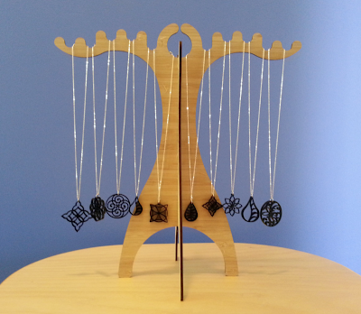 bamboo jewelry stand for necklaces