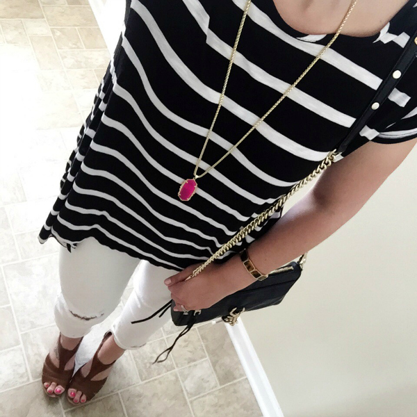 white denim, kendra scott necklace