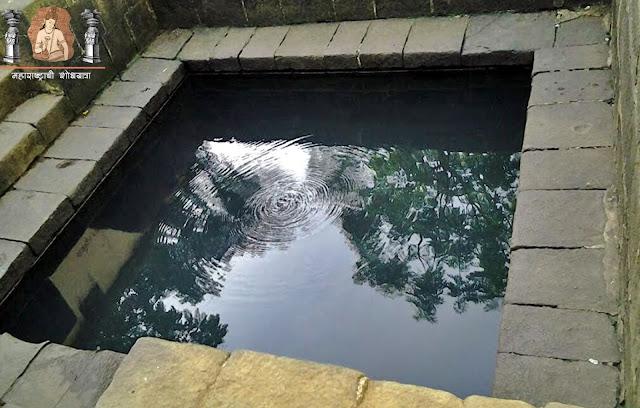 उन्हेरे गावातील गरम पाण्याची कुंडे