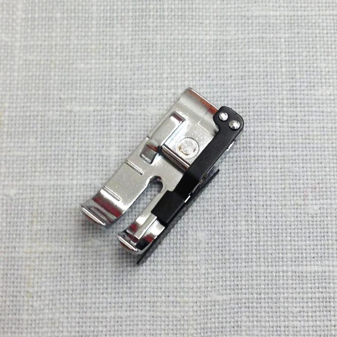 DIYStuffies: Sewing Machine Presser Foot Guide- for