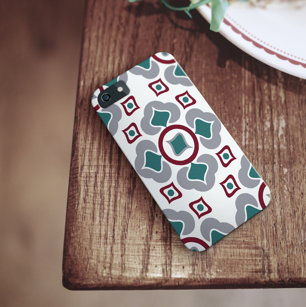 Phone case with oriental pattern