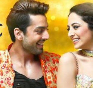 Kudi Gujarat Di - Lyrics (Sweetiee Weds NRI) Full Song Hd Video