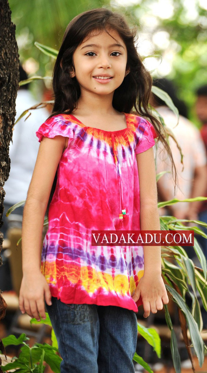 New Bollywood Girl Wallpaper Beautifull Sexy Girls Wallpapers Tamil Movie Deiva