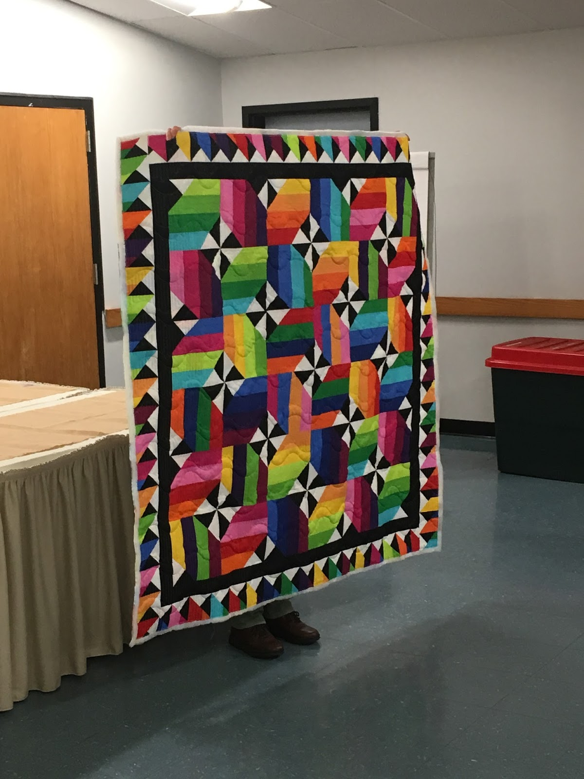 New hampshire modern quilt guild october 2016 nancy used a jelly roll and a tutorial from the missouri star quilt company to make this bright and fabulous quilt baditri Choice Image