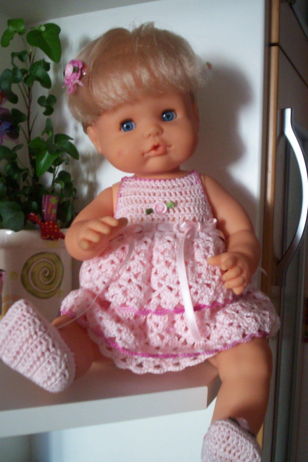 el blog de anamary: Vestidito para la muñeca nenuco de famosa