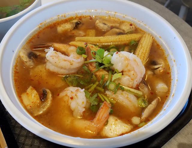 D'elephant Thai Street Food, Glen Waverley, prawn tom yum