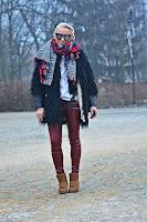 http://www.karyn.pl/2017/01/bordowe-spodnie-i-karmelowe-emu.html#
