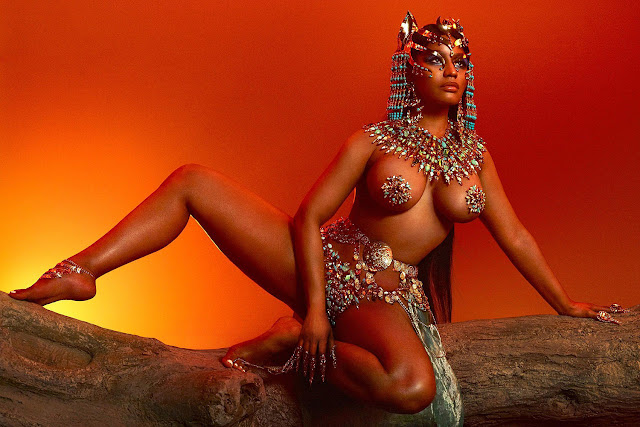 Video: Nicki Minaj - Hard White