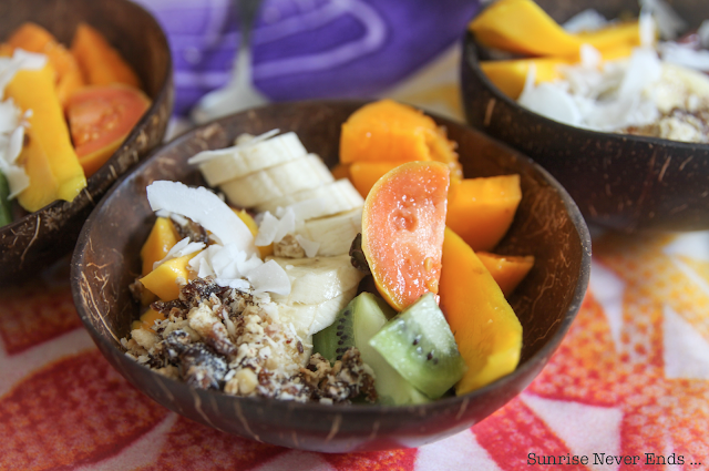 earthyandy,andrea,hawaii,north shore,açai bowl,healthy life,healthy food,billabong,travel guide,girl's crush
