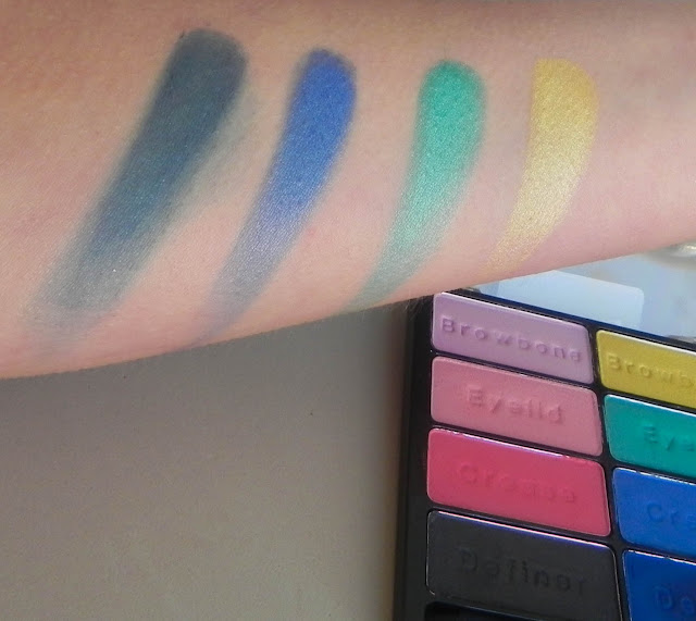 Paleta Poster Child Swatches 02