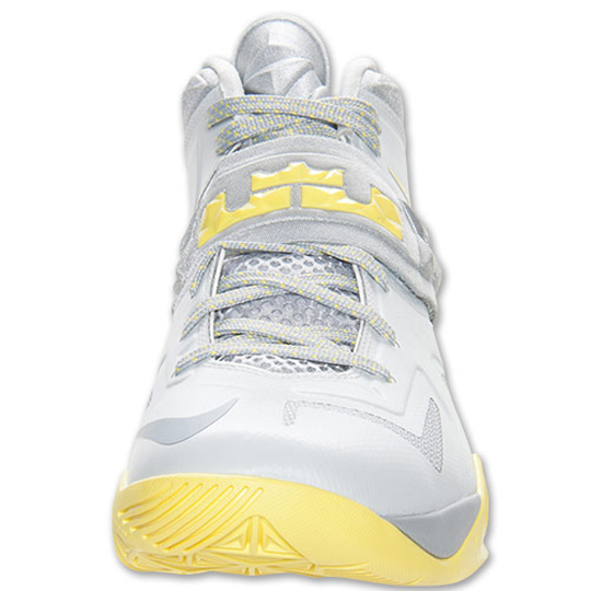 4accf20254a6 Nike Zoom Soldier VII Pure Platinum Wolf Grey-Sonic Yellow  Popularity Lebron  James ...