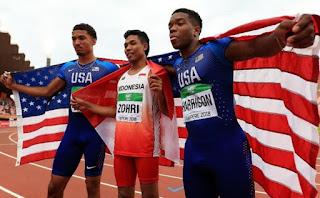 <b>Kalahkan Dua Pelari Amerika, Lalu Zohri Juarai Kejuaraan Lari Dunia</b>