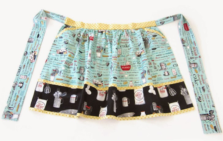 Retro Half Apron with Matching Hot Pads