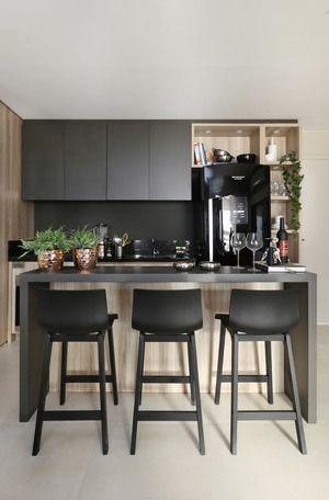 cozinha-cinza-e-madeira