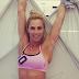 Η Ντορέττα Παπαδημητρίου έκανε σπαγγάτο στα πανιά της aerial yoga (photo)